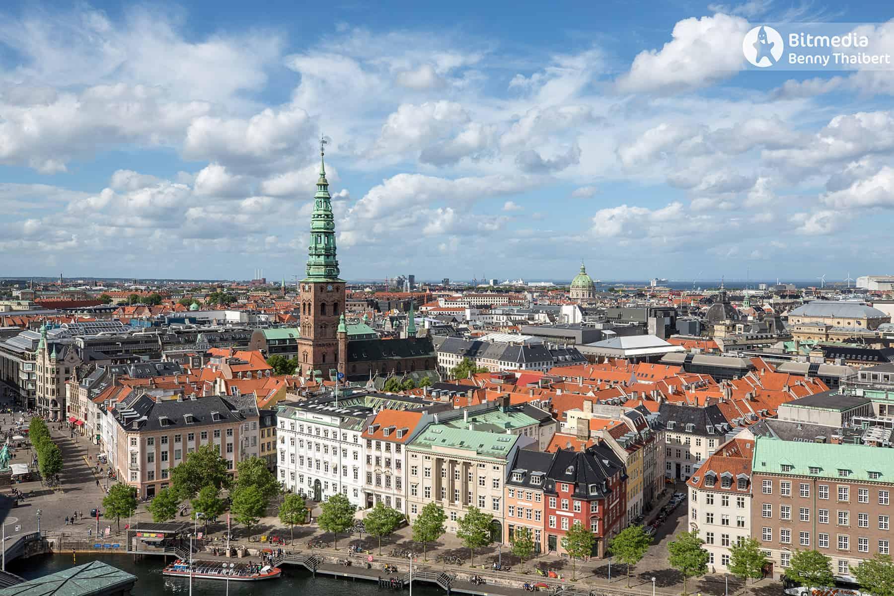 Nikolaj Kunsthal og Marmorkirken set fra Tårnet